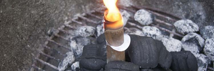 allume feu charbon de bois